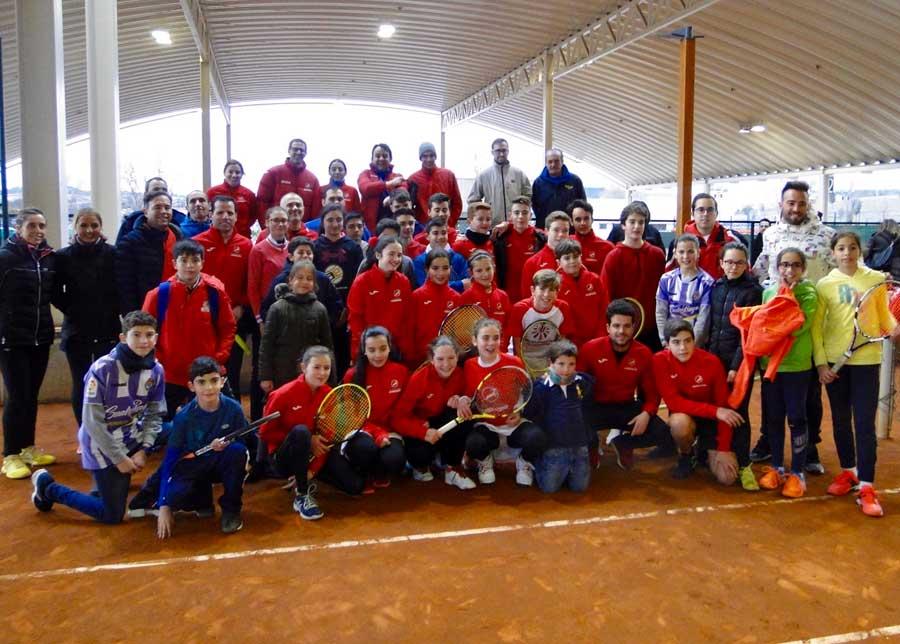 Encuentro amistoso con el Club Raqueta
